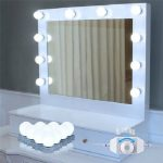 hollywood lights for Mirror